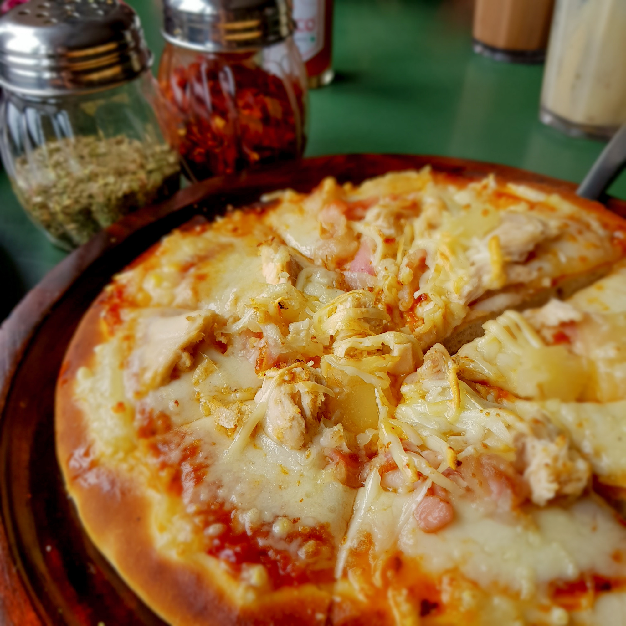 Chicken, ham and pineapple pizza at Baker's Cafe, Gangtok