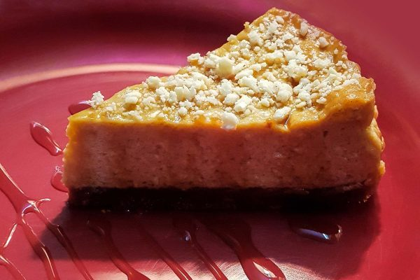 Cheesecake made with date palm jaggery (nolen gur)